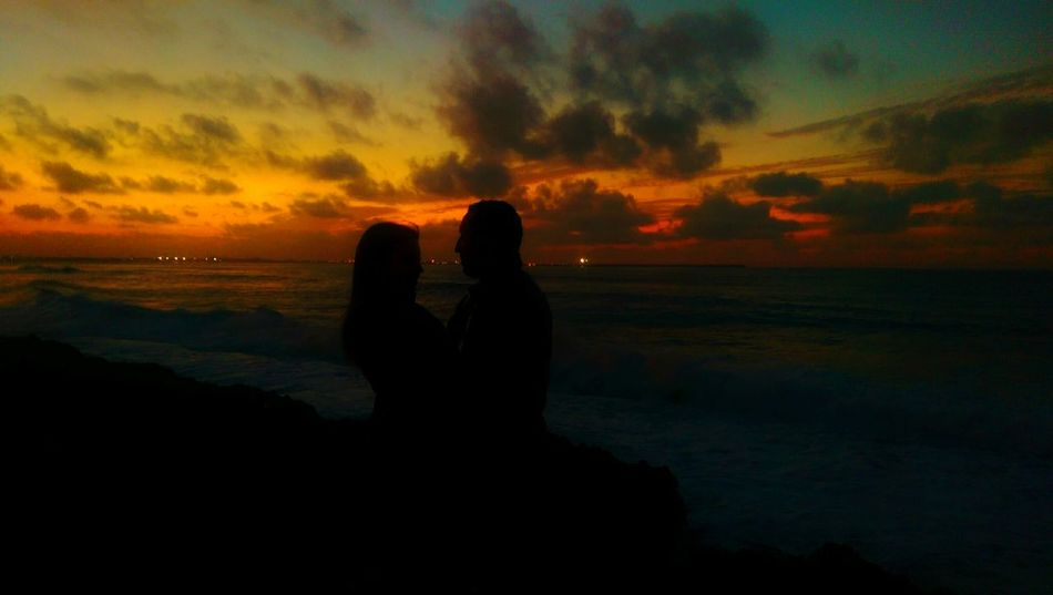 Valentine's Day  Valentine Sunrise Sunset_collection Sun_collection Love Romantic Romantic❤ Romance Enjoying Life Love ♥ Couples❤❤❤ Couple Happy Couple Couples Shoot Adorable Couples Lovers Sunset Silhouettes Silouette Silouette & Sky