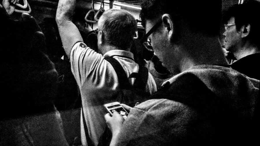 2018/6/13 街拍獵影 於MRT Taiwan Mrt Bw Bw_lover BW_photography B&w Photo B&w Bw Photography B&w Photography Bwphotography Streetphotography Street Street Photography Streetphoto_bw Street Scene Streetphotography_bw b&w street photography Photography Themes EyeEmNewHere