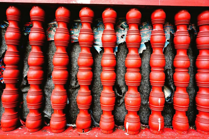 Like a cage Check This Out Systematic Balance And Composure Squre Patterns EyeEm Gallery Eyemphotos EyeEmBestPics Instragram Contrast Colorful Wooden Post Red Eye4photography  Abstract Pole Luang Prabang, Laos Laos In A Row No Humans Geometric Shapes