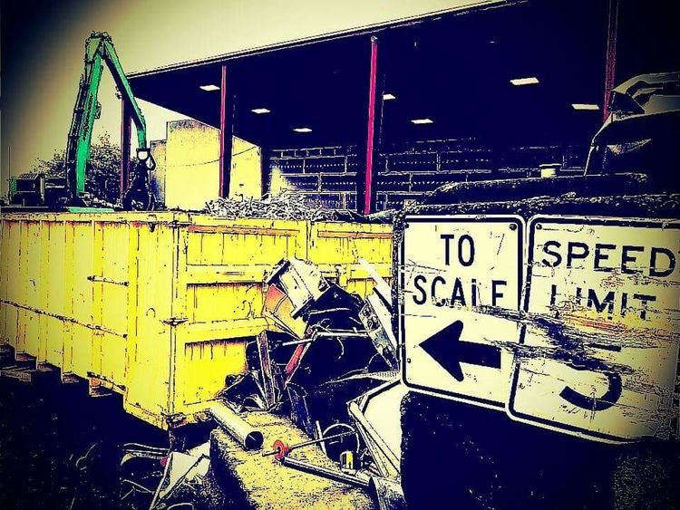 Outdoors Men Scrap Metal Scrap Yard Signs Dirty Rain Wet Weather Dumpster Compactor Industrial Yellow Art Is Everywhere The Secret Spaces The Street Photographer - 2017 EyeEm Awards The Architect - 2017 EyeEm Awards