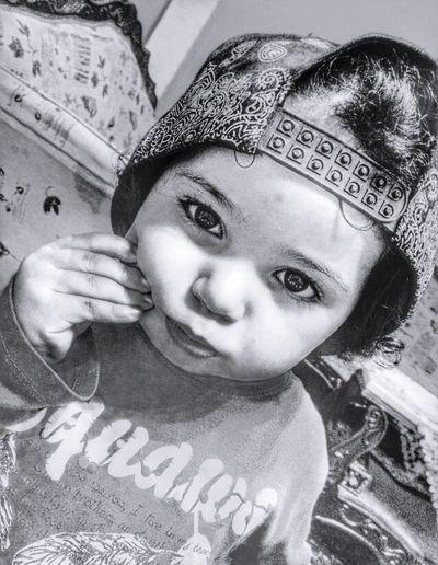 B&W Portrait Blacknwhite #kids #fotodroids Love This  Ebeshti Babygirl Blackandwhite