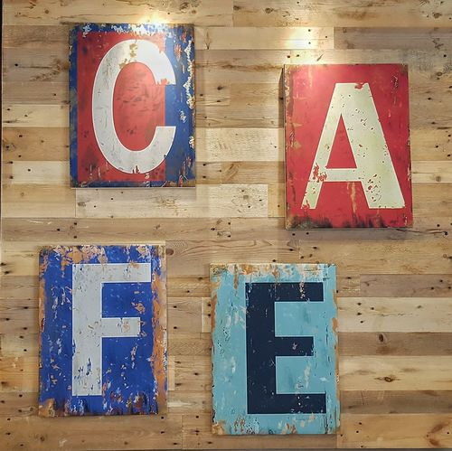 Happy International Coffee Day. French Bakery , Dubai, UAE. Galaxy Note 7   4.2mm equiv 26mm   1/50 sec   f/1.7   iso 80 Wanderlust Cafe Coffee