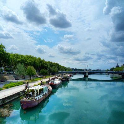 Ciel orageux sur Lyon Cloud - Sky Water Travel Destinations Sky Taking Photos