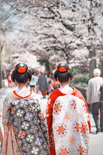 Rear View Clothing Focus On Foreground Day Group Of People Adult Women Fashion Traditional Clothing Robe Headwear Nature Incidental People Real People Men People Outdoors Warm Clothing Walking Leisure Activity