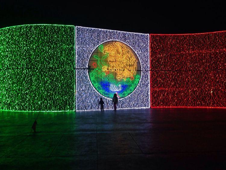 Fiestas patrias !! Bandera Mexico Fiestas Patrias Fuerte De Loreto Flag Taking Photos