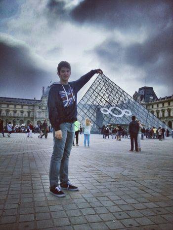 Louvre! Paris Louvre France Champselysées