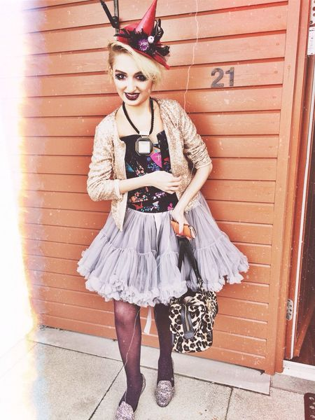 louise the witch Today's Hot Look Halloween Fashionista