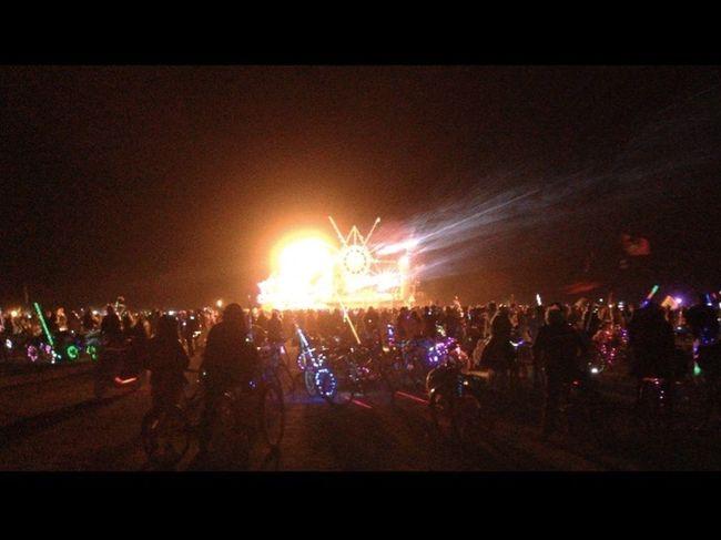 Carnival Crowds And Details Burningman Music Festival Burning Man 2016 Blackrockcity Nightlife Artcar