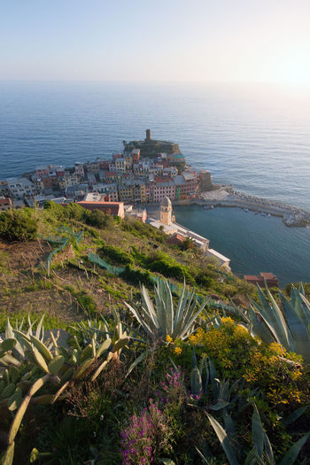 View of Vernazza, Cinque Terre, Italy Vernazza Vernazza Italy Cinque Terre Cinque Terre Liguria Cinque Terre Italy Liguria Italy Town TOWNSCAPE Sea Village Sky Nature Travel Destinations