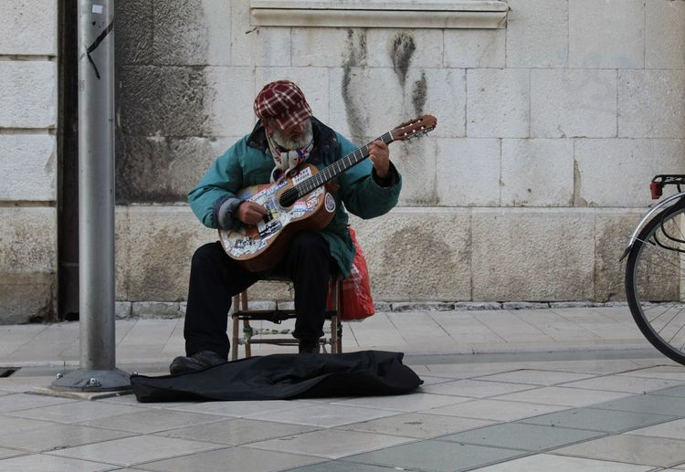 Performance Acoustic Guitar Street Performer Music Style  Acoustic Music Guitarist Street Musician