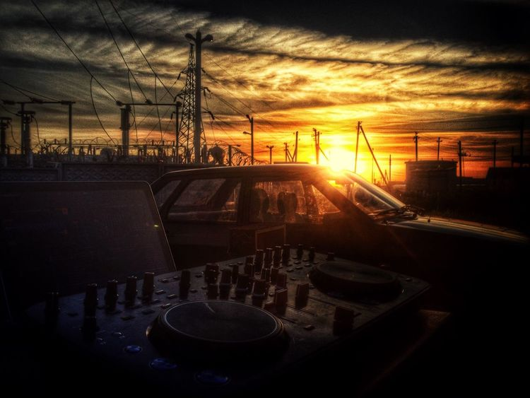 Да, это у меня всю ночь техно играли!:) Techno Afterparty Zadonsk Morning Sunrise