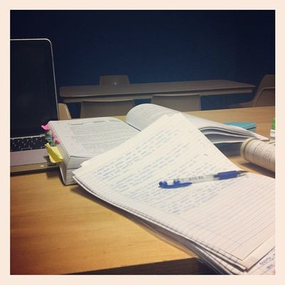 D-20 hahaha doin as much physics as i can ! alone at the library after @lana1205 went back :( Library HSC Physics Instastudy notes instaphysics notfun time tired mac workinghard