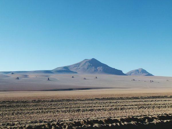 Learn & Shoot: Leading Lines Bolivia Sur De Lipez 2015  Salvadordali Desert Bolivian Deserts Around The World SALVADOR DALI DESERT, BOLIVIA