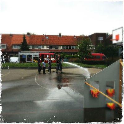 Met de brandweer de hele dag op de keverdijkmarkt in Naarden Kom allemaal gezellig langs! Hipstamatic Loftus Kodotxgrizzled