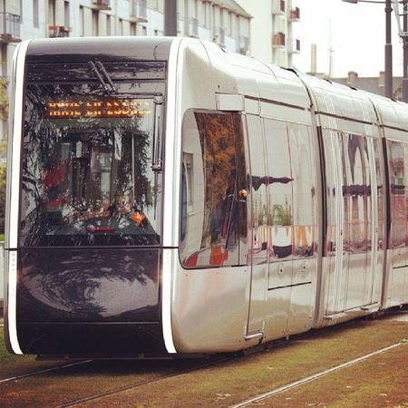 Трамвай Тура всё-таки меганяшный) Alstom Tours Tram