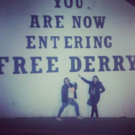 tour of derry Emma Derry Freederry Freederrywall bogside bored walksatnight irish gaeilgeabu