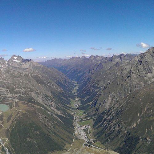 Blick vom Mittagskogel ins Pitztal Austria Mountain Alpen alpin sunshine postcard nofilter