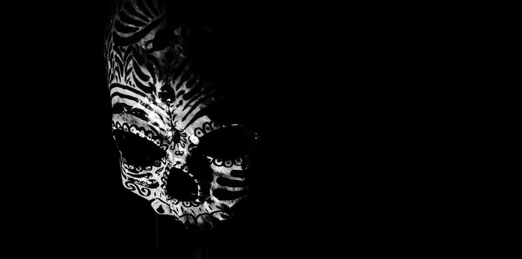Blackandwhite Black & White Blackandwhite Photography Black And White Collection  Black Blackwhite Blancoynegro Blackandwite Blancoynegro Skull Skulls And Bones Skulls♥ Skulls💀 Skullhead Skullart