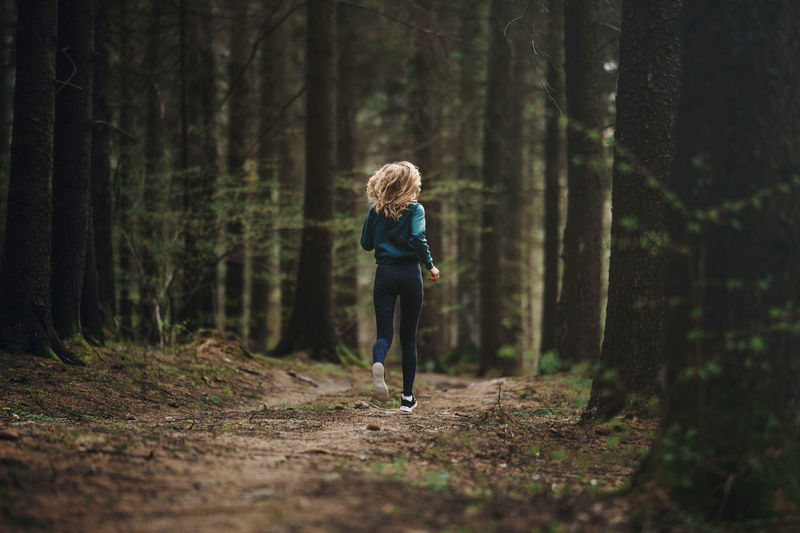 Green Day Exercising Fast Forest Full Length Hairstyle Healthy Healthy Lifestyle Jogging Land Lifestyles Motion Nature One Person Outdoors People Photography Plant Real People Running Selective Focus Sport Tree Women WoodLand The Great Outdoors - 2018 EyeEm Awards International Women's Day 2019
