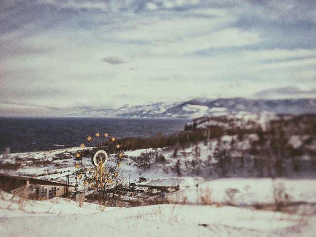 小樽の冬 Winter Cold Temperature Snow Weather Nature Sky Scenics Beauty In Nature Outdoors Cloud - Sky Tranquility Tranquil Scene Day Built Structure Mountain No People Architecture Landscape Water