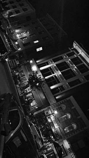 Can you take me downtown, to the most beautiful places? // Downtown Simple Tourist Enjoying Life Capture The Moment Simple Photography Blackandwhite Street Adventure View Learning Building Simplicity Traveling Adventures