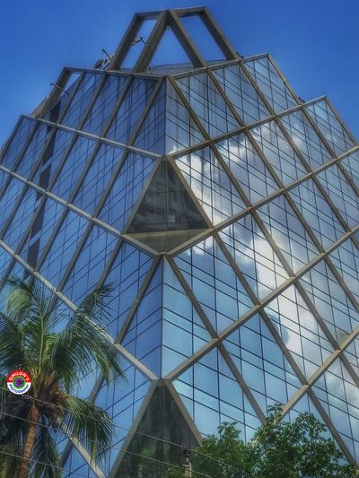 Architecture Built Structure Low Angle View Modern Outdoors Building Exterior Sky Architecture Architecture_collection HDR Hdr_Collection Hdr Edit Building Architecturelovers