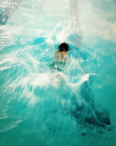 The swimmer.VSCO Vscocam Mobile Photography Diving Swimmer Splash Swim Prodigy Showcase: February Water Capturing Movement Blues Youmobile