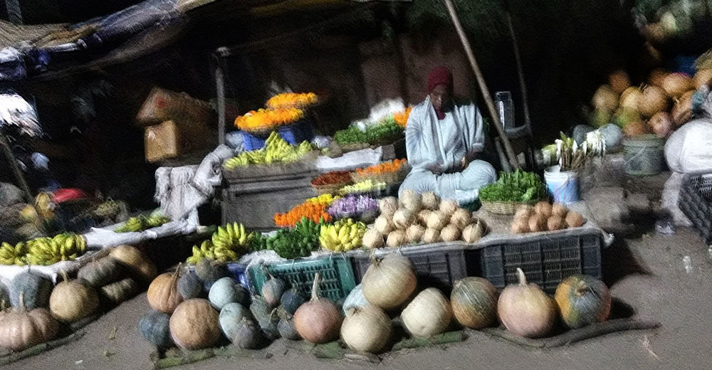 Choice Day Food For Sale Freshness Large Group Of Objects Market Market Stall Multi Colored No People Outdoors Pumpkin Retail  Variation Vegitables