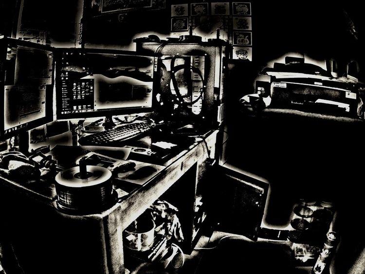 Blackandwhite HDR Peeeweee20 My Working Desk