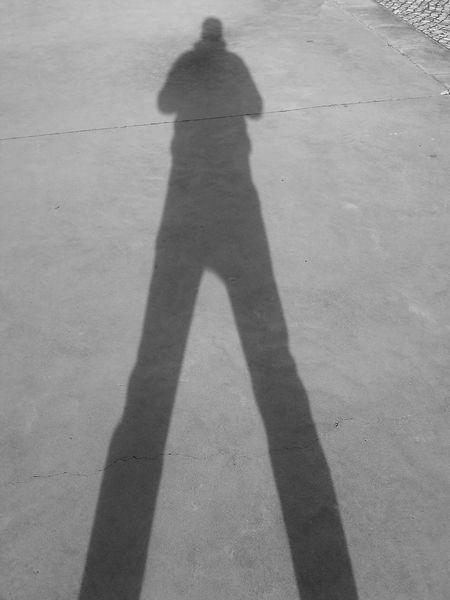 Shadow Long Shadow - Shadow Outdoors Real People Day Youth Center Playing Playing Games Childhood Chil The City Light