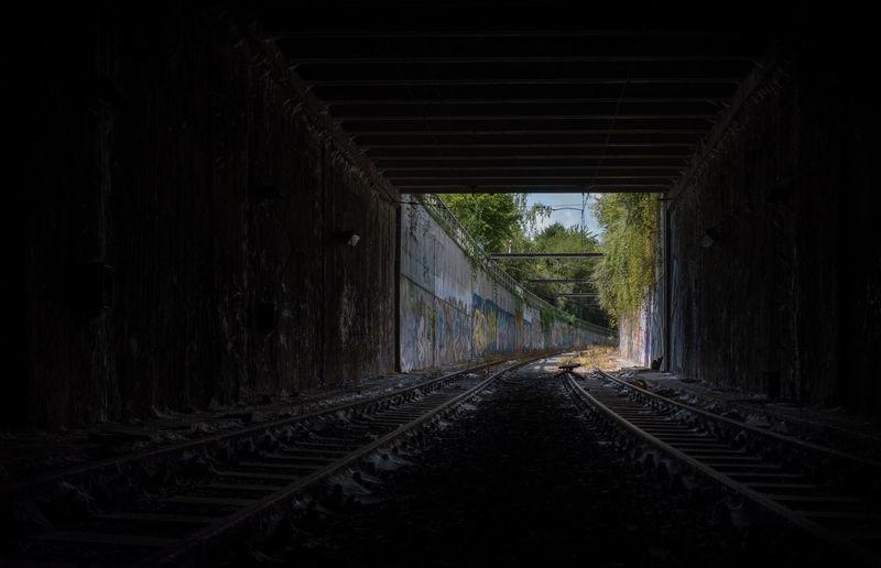 Abandoned tunnel of the Chatelet metro line in Charleroi, Belgium. Tunnel Metro Subway Urbex Urban Exploration Rail Railroad Track Rail Transportation Railway Metro Leger Charleroi Belgium Xt20 Fuji Fujifilm X-T20 Abandoned