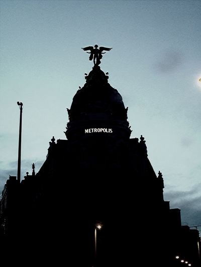 Edifio Metropolis