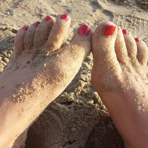 Being A Beach Bum Sexyfeet Toes Fetish Model Goddess Feetselfie Feet Sandbetweenmytoes Dangeriouslysexy Red Toes