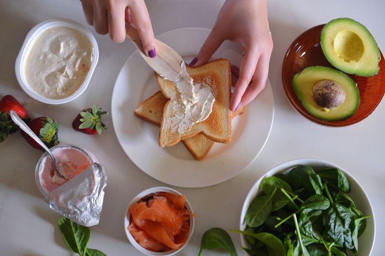 Toasts My Favorite Breakfast Moment Food Greek Yogurt Creamcheese Dairy EyeEm Breakfast Club Bread Live To Eat Breakfast Yogurt Hungry ThatsMe