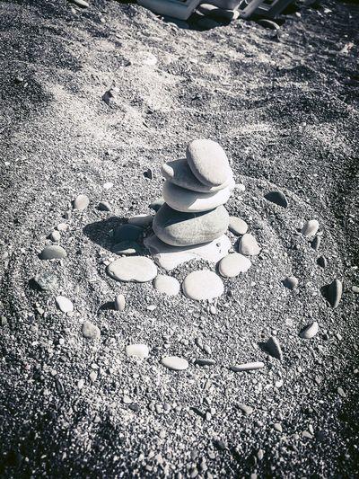 Land Hat High