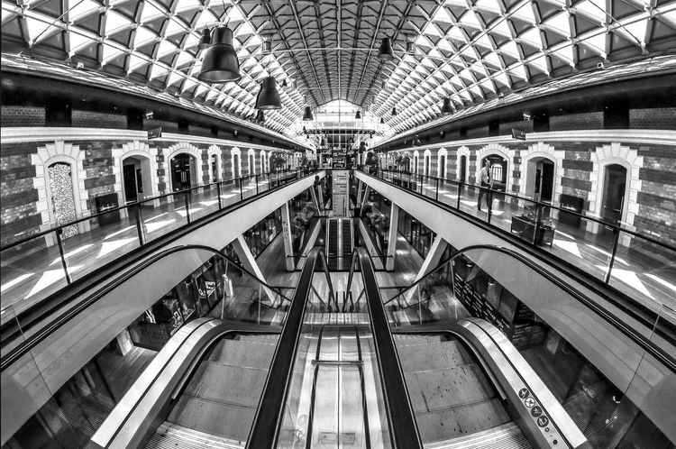 Architecture Hello World Taking Photos Monochrome EyeEm Best Shots Budapest, Hungary Convention Center Escalators Shopping Center Stairs Bianco E Nero Bálna Indoors  Modern Indoors  Illuminated Escalator Office Building Building