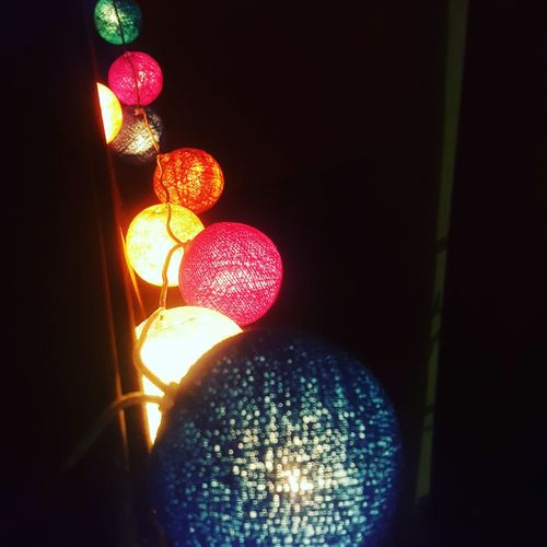 Noel :) Guirlandes Couleurs Colors Lacazedecousinpaul Cadeau De Noel Lumière Illuminated