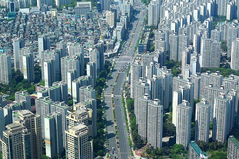 Busy city Seoul