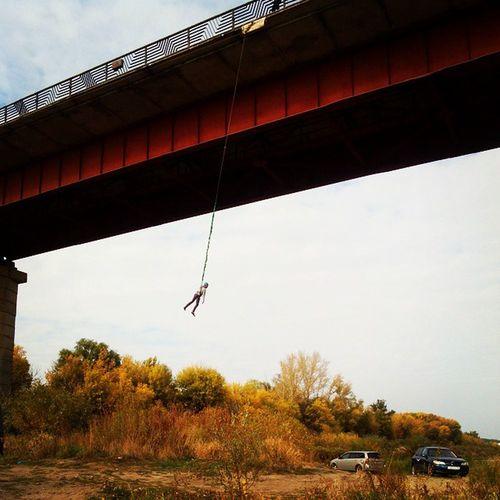 Попрыгайки на семилукском мосту прыг скок прыгскок бейсджамперы семилуки мост дон воронеж