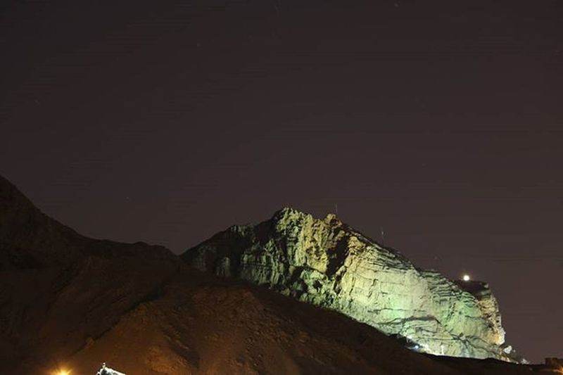 The Mount Soffeh, Esfahan. March 28, 2016. Canon 70D Landscape Landscapearchitecturelife Photography Esfahan Iran Mustseeiran Mustseeiran_insta Nature Naturallandscape Travel