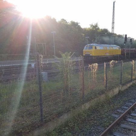 Sonne Eisenbahn Bauzug