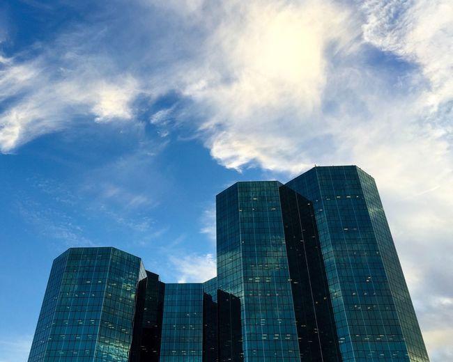The Urban Towers. Las Colinas  Irvingtx Architecture