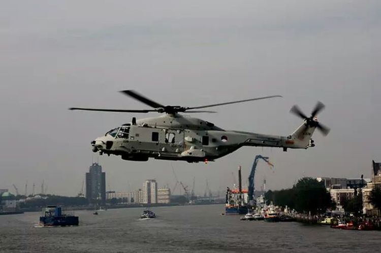 Check This Out Taking Photos Helicopter Canon 1000D