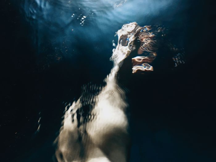 Erase yourself Aesthetics Mood Come Come Closer Hand Erase Blue Light Light And Shadow Sea Underwater Swimming Water UnderSea Sea Life One Person Nature Real People Motion