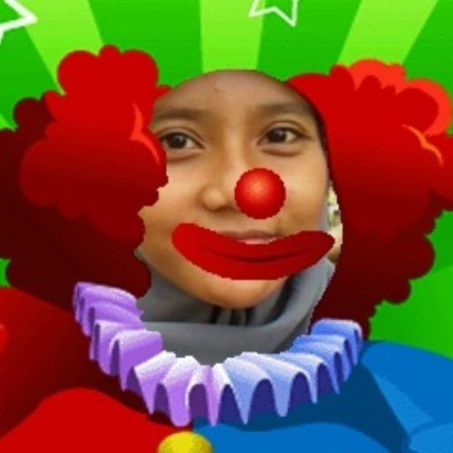 Y U look at me like imma joker, huh??! LOL
