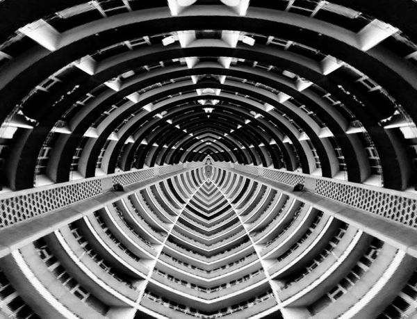 Abstractarchitecture Building Or Spaceship? Isomorphicals Doinbuildings