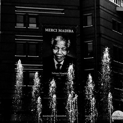 Madiba Nelsonmandela  UnGrandHomme Noiretblanc Noir Et Blanc Paix Education Balty