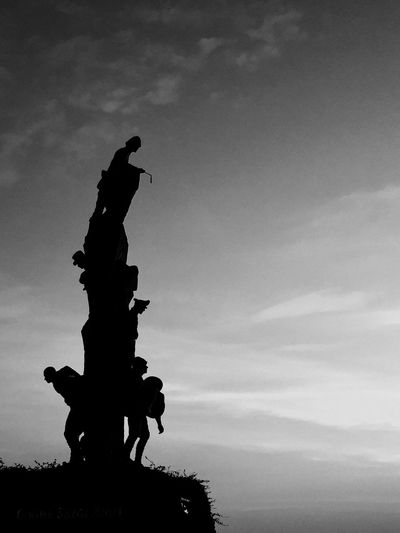 Sky Sculpture Cloud - Sky Silhouette Statue Nature No People Low Angle View Outdoors Turkey Eceabat Gelibolu çanakkale IPhoneography VSCO Vscocam Black And White Blackandwhite Photography Beauty In Nature Bird Day
