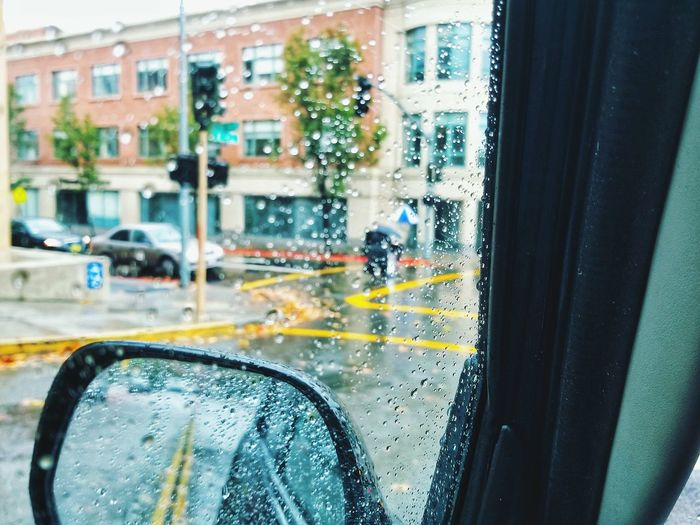 EyeEm Selects EyeEm Best Shots Eye4photography  City Car Wash Water Land Vehicle Yellow Taxi Men Car Window Drop Wet Rainy Season Rain Rainfall RainDrop Windscreen Windshield Car Point Of View Car Interior Windshield Wiper Side-view Mirror The Street Photographer - 2018 EyeEm Awards