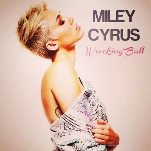 love this song. Miley Cyrus~ Wrecking Ball <3